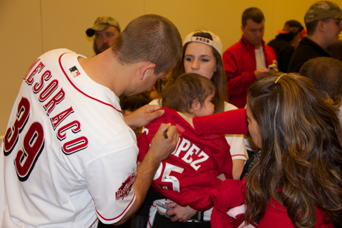 Reds Player Mesaraco signs autographs for our Dragonflies at Reds Fest